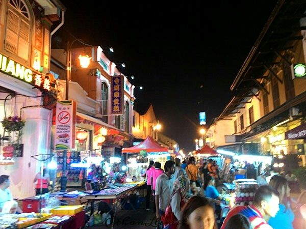 Jonker Walk at weekend night in Melaka