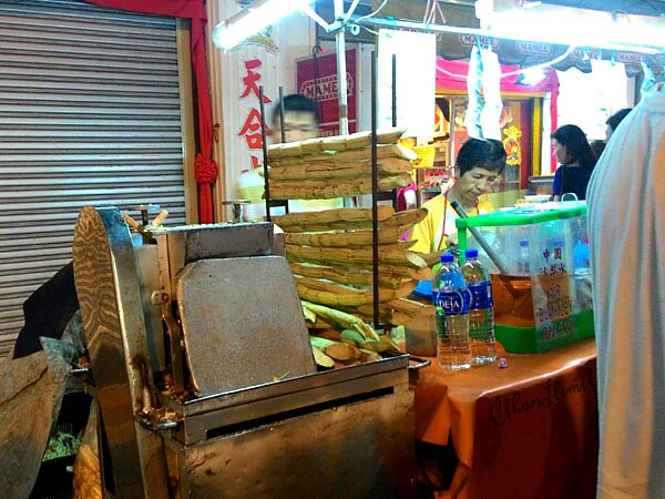 Sugarcane juicer on Jonker Walk