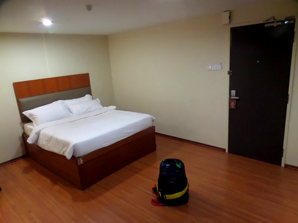 Fenix Inn - Superior Double room interior, part 2