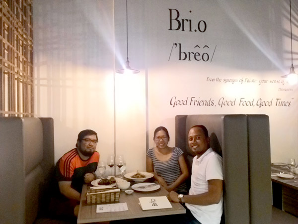 Diners with restaurateur Aris Solante of Brio Wine and Dine in Cebu